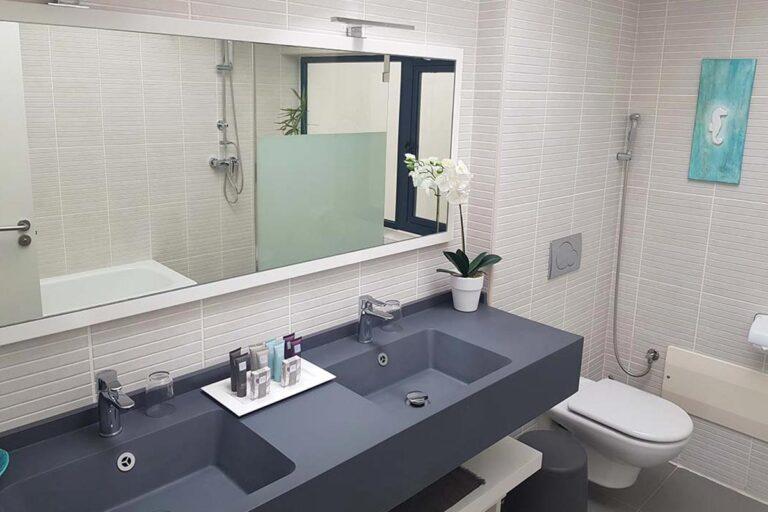 Baño-de-suite-plus-en-fuerteventura-04
