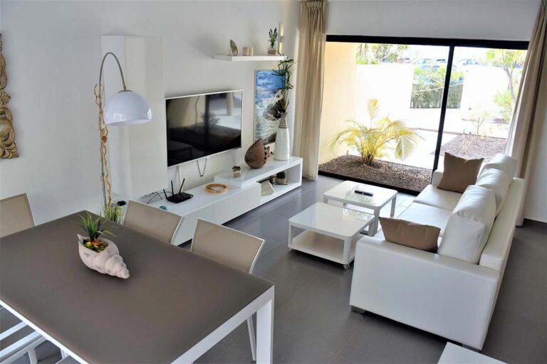 Salon-de-la-suite-nordic-en-fuerteventura-01